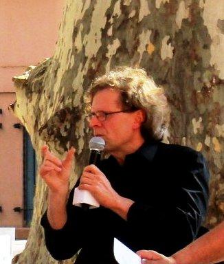 Jean Berthier au micro