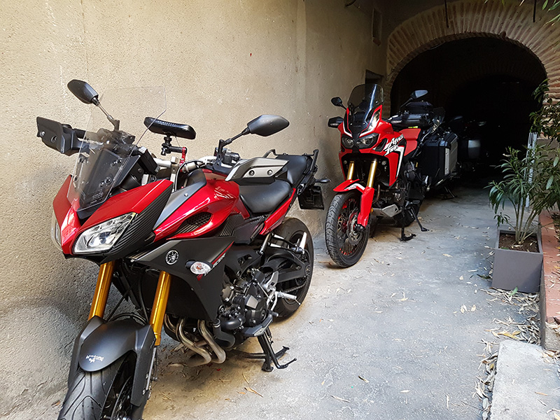 chambre-hote-garage-moto-rivesaltes-66
